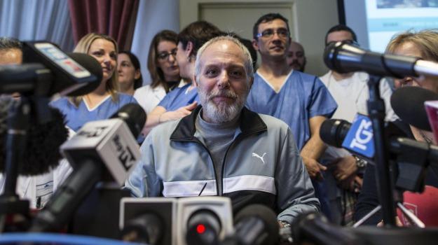 ebola, medico contagiato, medico guarito, Fabrizio Pulvirenti, Enna, Cronaca