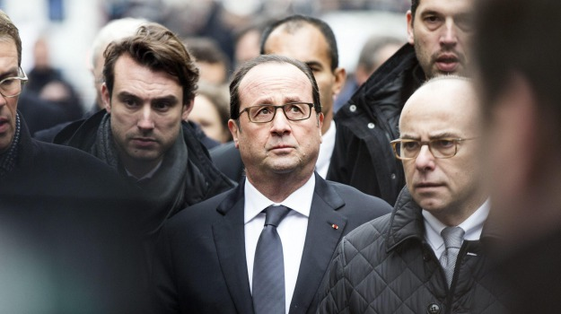 Charlie Hebdo, poliziotta, terrorismo, francois hollande, Sicilia, Mondo