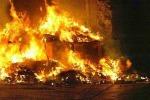 Provincia di Palermo tra i rifiuti: altra notte di incendi
