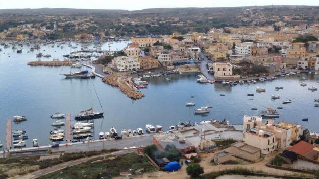 Lampedusa, ormeggiatori, Agrigento, Cronaca