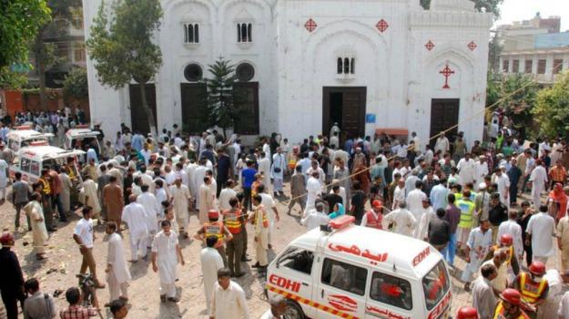 20 morti, 50 feriti, Anti-sciiti, attentato, Islamabad, Pakistan, Sicilia, Mondo