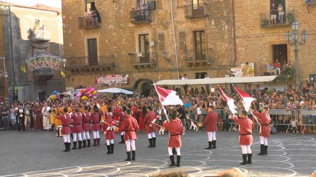 palio dei normanni, Piazza Armerina, Enna, Cultura