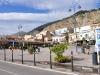 Incidente a Palermo, si schiantano con lo scooter contro i dissuasori a Mondello: due feriti gravi