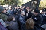 La camera ardente chiude in anticipo, la delusione dei fan di Pino Daniele - Foto