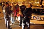 Charlie Hebdo, dodici fermi e perquisizioni nella banlieue di Parigi