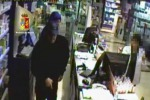 Rapinatori seriali di farmacie identificati a Catania - Video