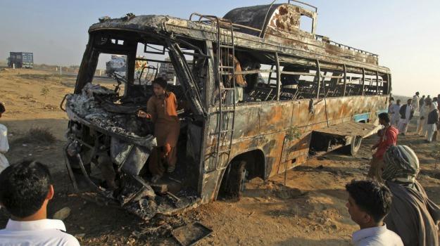 incidente, Pakistan, scontro, Sicilia, Mondo