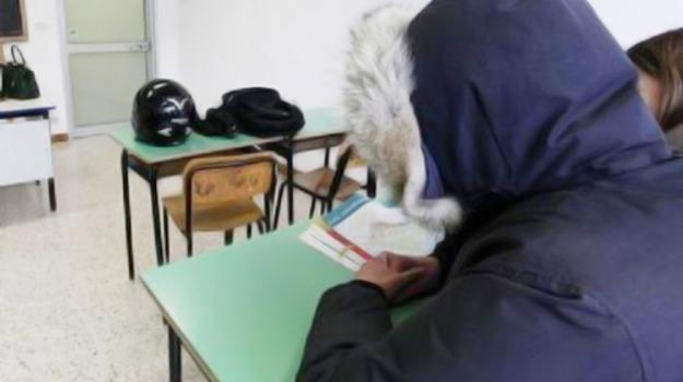 freddo, protesta, scuola, Caltanissetta, Cronaca