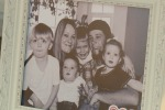 """""""Temevano la fine del mondo"""": due genitori uccidono i tre figli e si suicidano"""