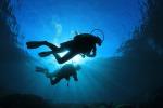 Castellammare, antichi reperti emergono dal mare