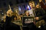 Terroristi fanno strage a Parigi: dodici morti, individuati i killer