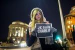 Terrorismo, strage a Parigi: 12 morti Si arrende uno dei ricercati
