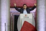 Elezioni in Grecia, Tsipras trionfa: prima intesa con la destra per formare il Governo