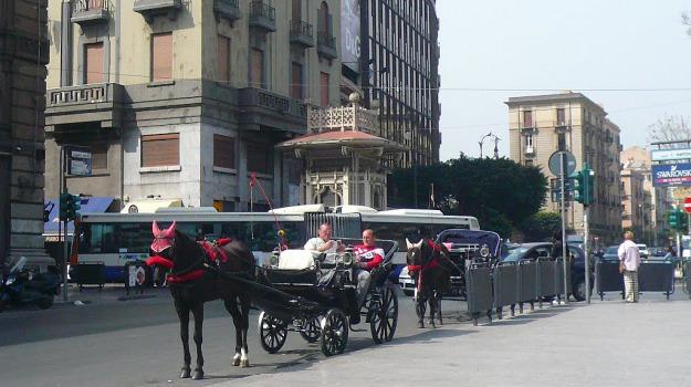disagi, opere pubbliche, Palermo, via Emerico Amari, Sicilia, Palermo, Cronaca