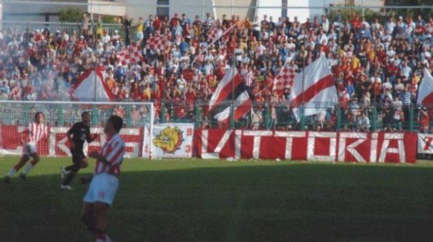 Calcio, viagrande, Vittoria, Ragusa, Sport