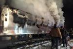 Bloccata sui binari con l'auto, il treno la travolge: 7 morti a New York - Foto