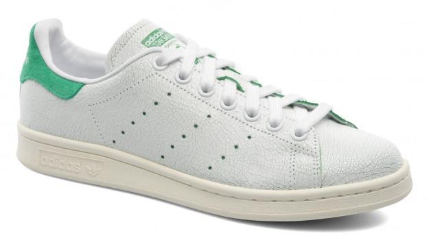 Adidas, scarpe, Sicilia, Società