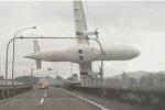 Aereo precipitato a Taiwan, bilancio di 31 morti e 12 dispersi