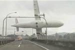 Aereo precipitato a Taipei, motori spenti prima dello schianto