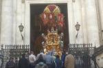 """Catania, il caso della candelora di Sant'Agata: """"Ha reso omaggio al mafioso"""""""