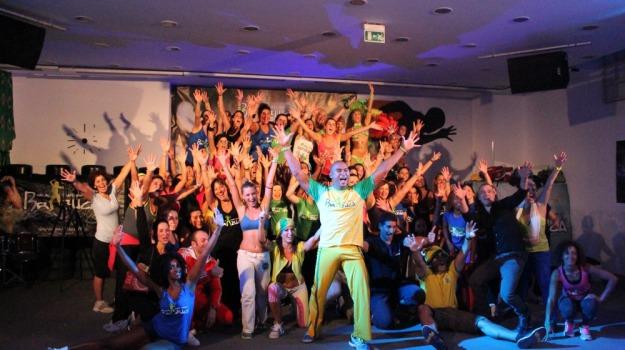 brazuca, fitness, Sicilia, Società
