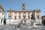 Corruzione, arrestati funzionari e tecnici al Comune Roma