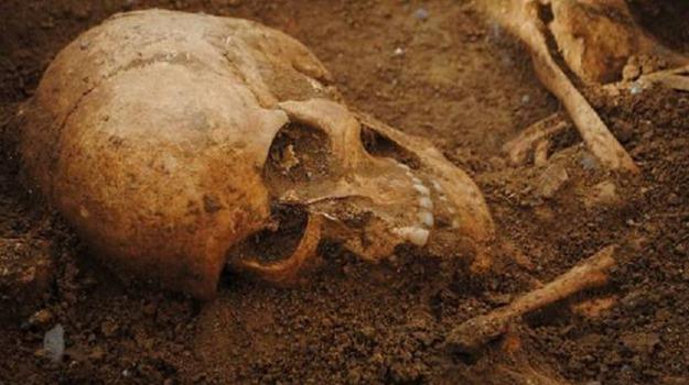 Cimitero, colera, Sicilia, Società