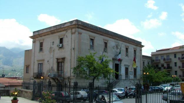 Assenteismo a Termini Imerese, Palermo, Cronaca