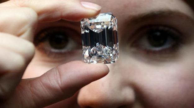 asta, diamante, Sicilia, Società