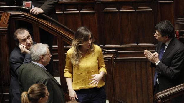 fiducia, italicum, referendum, Sicilia, Politica