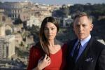 """Monica Bellucci e lo 007 del grande schermo sbarcano a Roma per le riprese di """"Spectre"""" - Foto"""