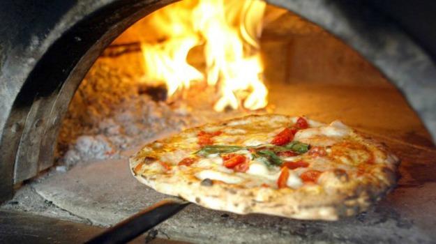 Pizza, unesco, Sicilia, Società