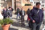 Precari del Comune protestano alla Cattedrale di Palermo - Video