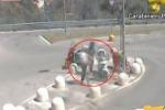 Riscatto per riavere lo scooter: blitz a Palermo