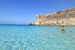 La Spiaggia dei Conigli di Lampedusa sale sul podio: è fra le prime tre spiagge più belle del mondo - Foto