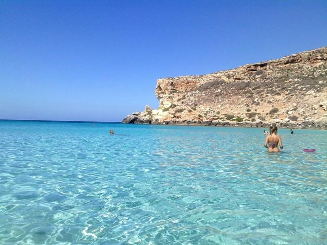 Matrimonio In Spiaggia Lampedusa : La spiaggia dei conigli di lampedusa sale sul podio è fra le