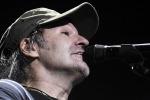 Vasco in tour, tappa a Messina: fare dischi mi annoia, vivo solo sul palco