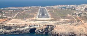 L'aeroporto di Lampedusa