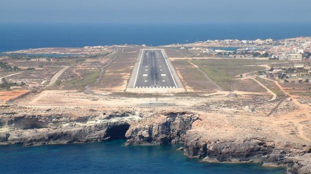 aerei, Lampedusa, malta, turismo, Agrigento, Economia