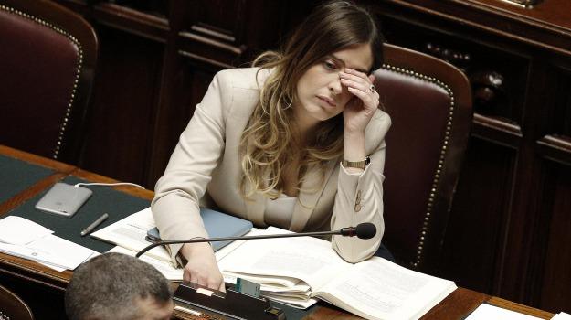 decreto milleproroghe, frequenze tv, governo, sfratti, Sicilia, Economia