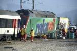 Svizzera, scontro fra treno e metro al confine con la Germania: 5 feriti