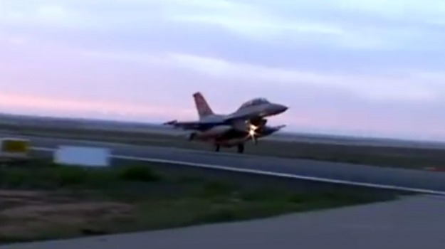 aereo, autostrada, militari, Sicilia, Mondo