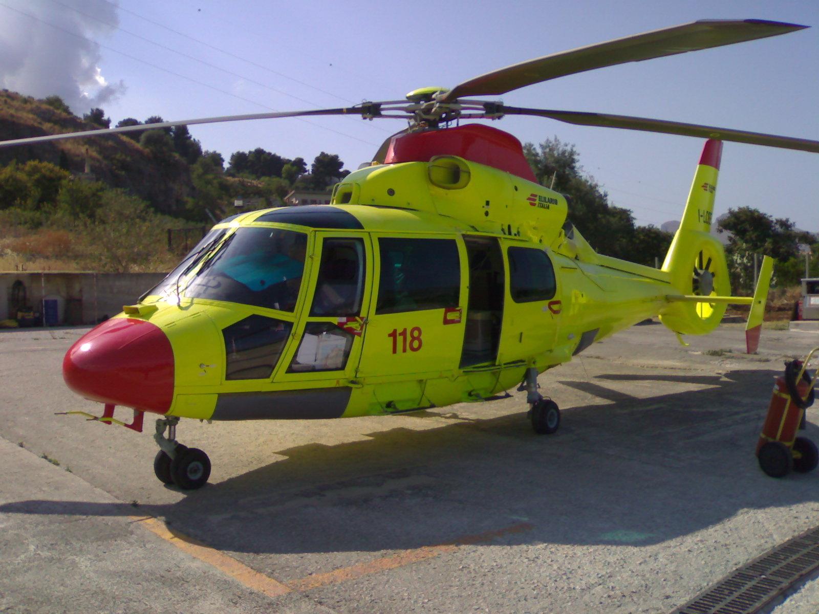 Elicottero 350 : Lipari in elicottero fino a milazzo per partorire giornale di sicilia