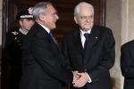 L'abbraccio di Grasso con Mattarella e quel ricordo di 35 anni fa