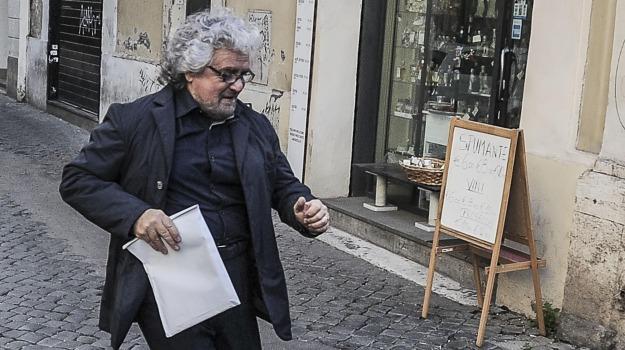 MOVIMENTO 5 STELLE, presidente della Repubblica, Quirinale, Beppe Grillo, Gianroberto Casaleggio, Sergio Mattarella, Sicilia, Politica
