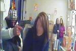 Rapina al supermercato a Catania: giovane arrestato grazie alle telecamere - Il video