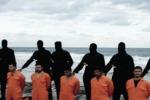 Libia, 14 jihadisti si arrendono. Trovata la spada delle decapitazioni