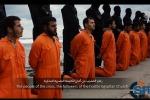 Video dell'Isis con decine di decapitazioni, il mare rosso - Foto
