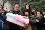 """A Catania il processo per la morte della piccola Nicole, gli imputati: """"Siamo innocenti"""""""