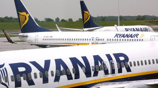 Trolley Ryanair gratis, Sicilia, Economia